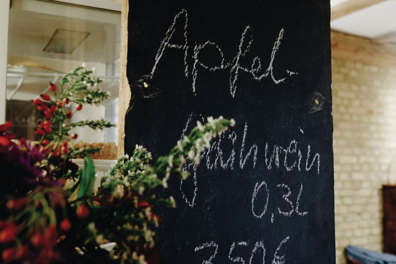 Milch & Moos · Vom Wandern und vom guten Essen · Brandenburg, Berlin Oktober · Wanderung Uckermark, Kraatz, Apfelwein
